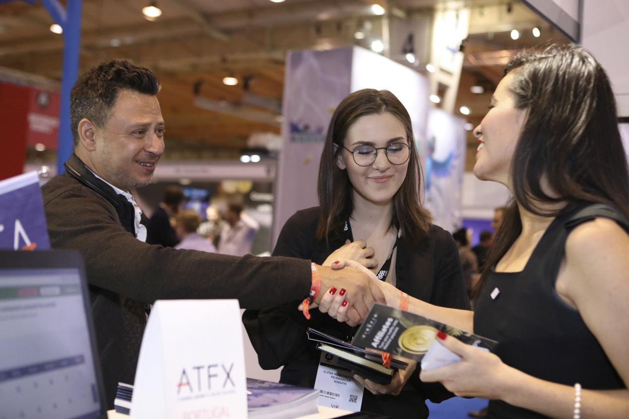 荣耀欧洲!ATFX参加iGB里斯本交易联盟高峰会